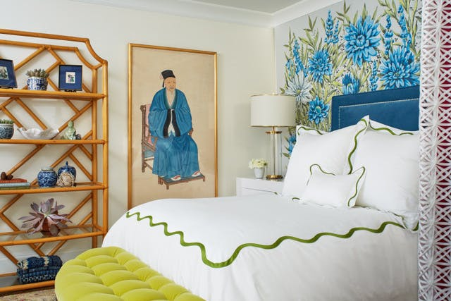I love the frame and artwork in this bedroom - so unique and colorful