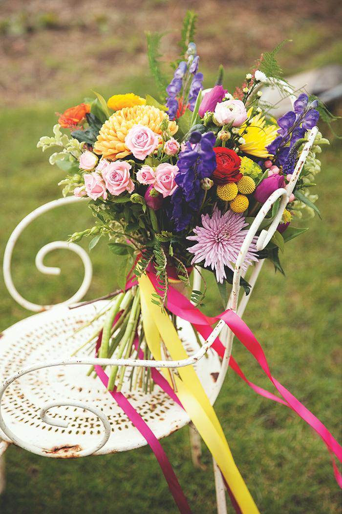 FloralDesignBoutiquecolourful_rustychair