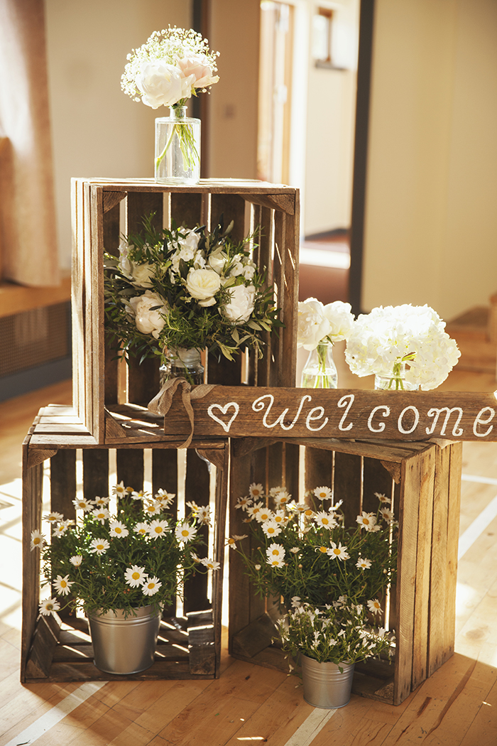 Rustic Metallic and Geometric Styled Shoot