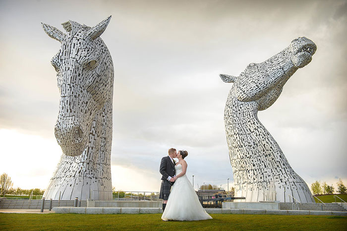 2016-swd-johnsummers-bride-groom-kelpies-xl
