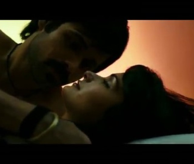 Videogram Pee Loon Song Once Upon A Time In Mumbai Emraan Hashmi Prachi Desai