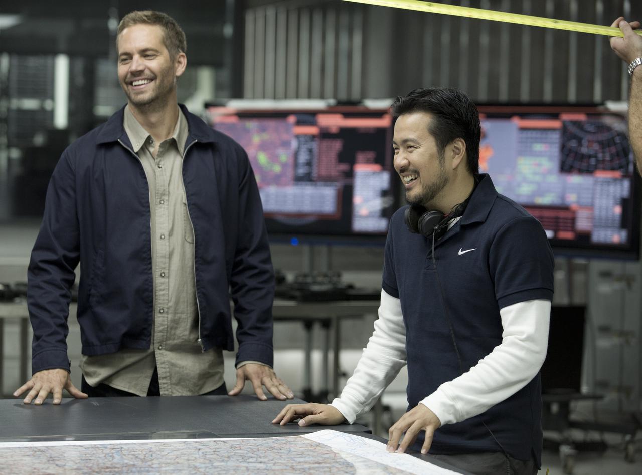 画像: ブライアン・オコナー役のポール・ウォーカーとジャスティン・リン監督 ©️UNIVERSAL PICTURES / KEYTE, GILES