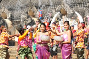 THINGS TO DO IN PHUKET; LEARN THE CULTURE