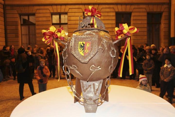 The chocolate cauldron made for Fête De L'Escalade.