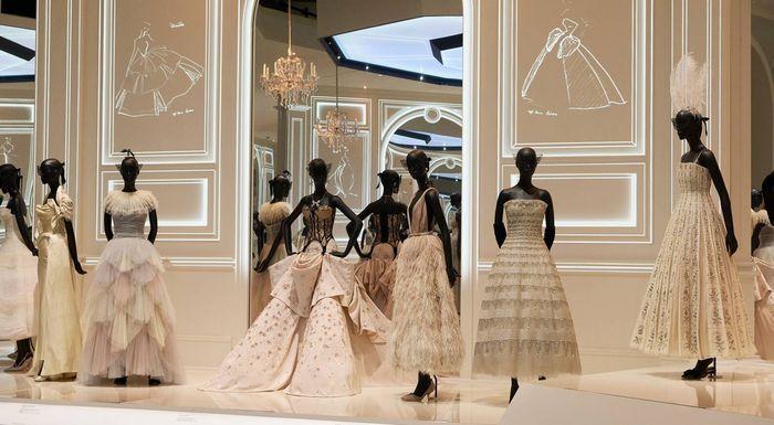 Christian Dior Fashion Gallery France