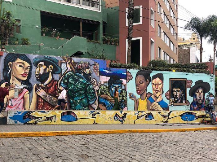 Amazing street art at the Barranco neighbourhood, Lima