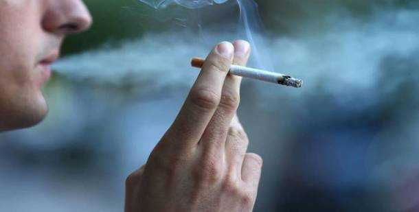 الآثار الجانبية الشائعة   التدخين شبكة فهرس