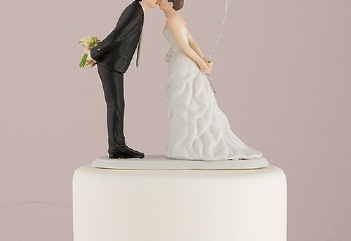 Leaning In For A Kiss Balloon Wedding Cake Topper Confetticouk