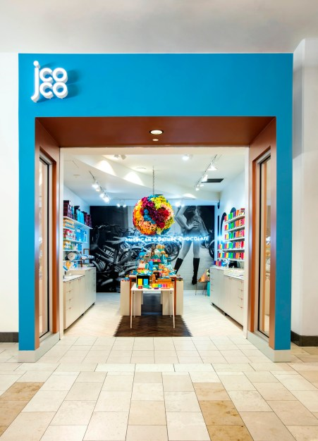 jcoco Pop-Up; Bellevue Square, Washington