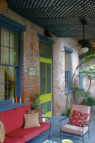 Design inspiration: Porch at a bed and breakfast in Garden District of French Quarters (Photo credit: http://www.rechelleunplugged.com/category/travel/)