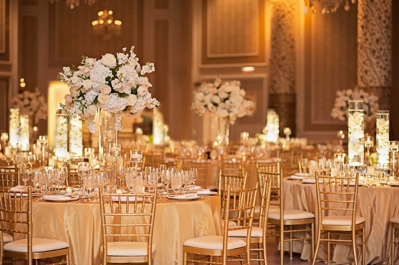 Gold Tablescapes With Tall Floral