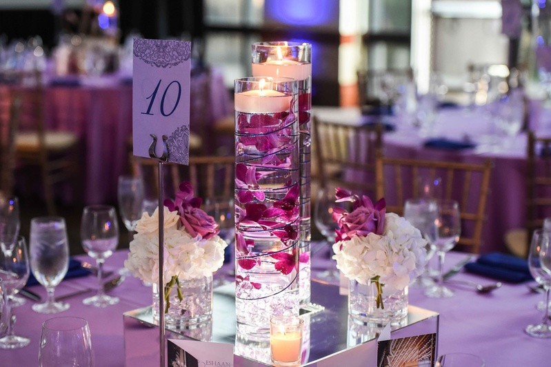 Floating Candle Centerpieces With