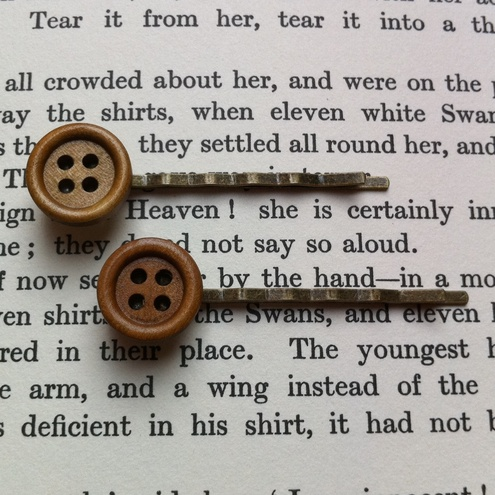 Cute Hair Slides with Wooden Button