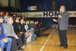 Dr. Betances interacting with the Spanish-speaking audience.