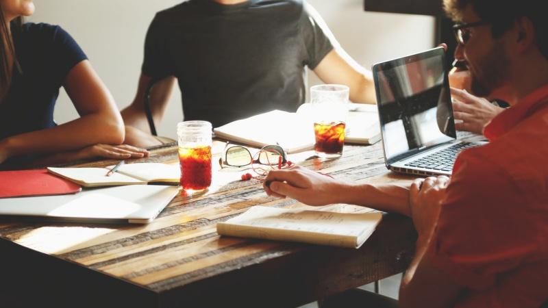 Bekerja di Perusahaan Besar Image 4