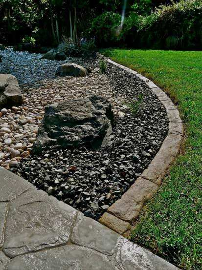 5 creative concrete landscape edging