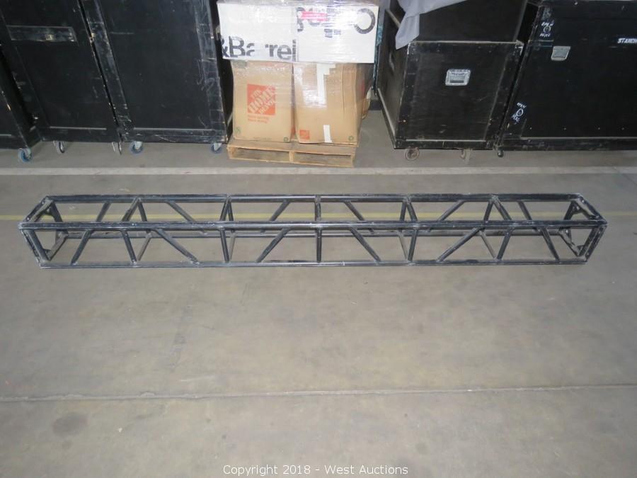 square black aluminum lighting truss