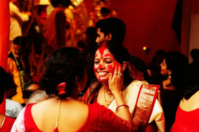 Color yourself red in Kolkata