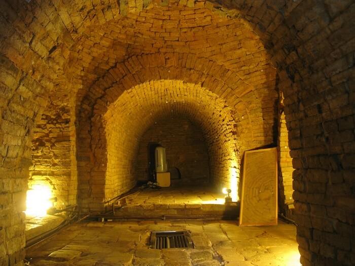 Lei Chang Tomb