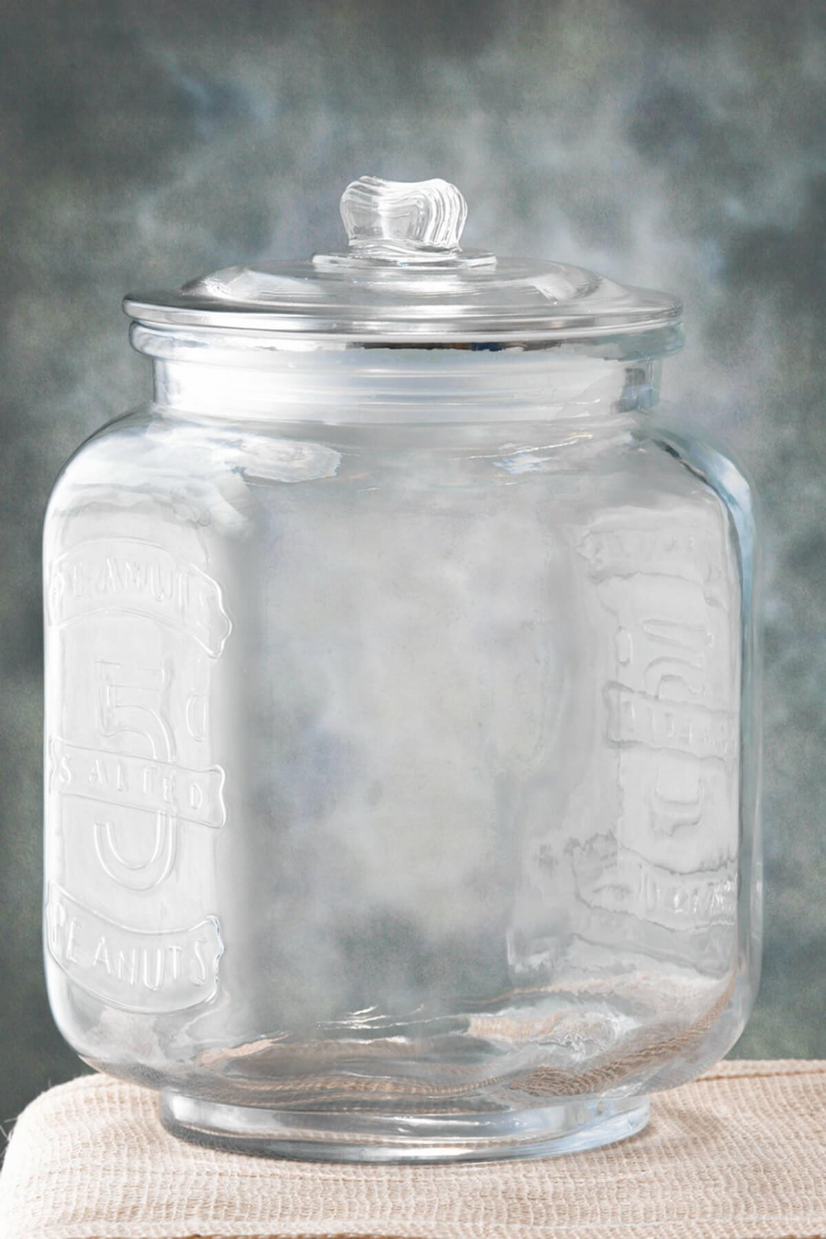 Glass Cookie Jar 825 X 12in