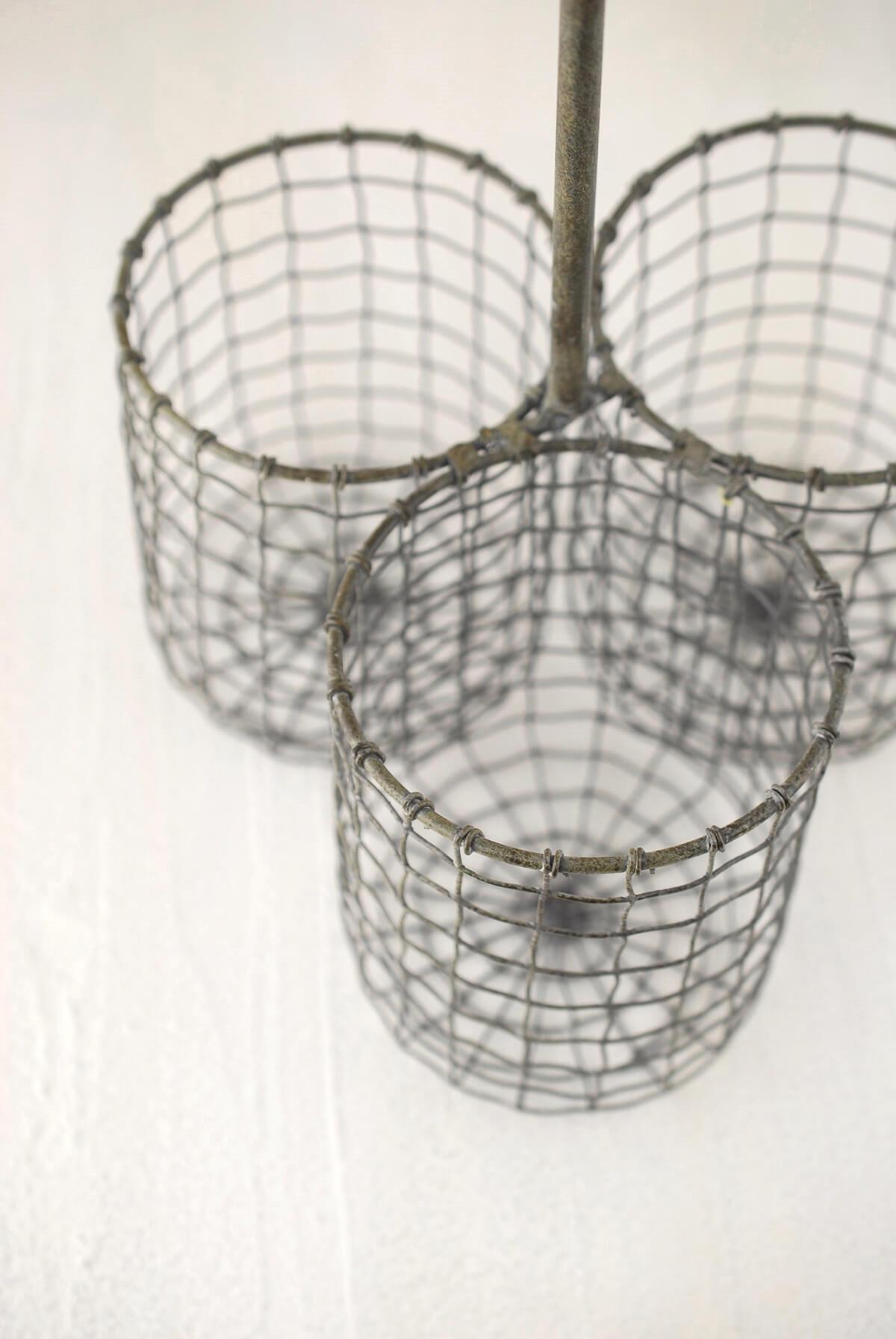 Chicken Wire Wine Amp Utensil Holder