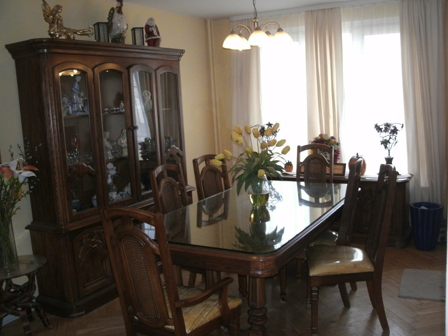 4 Dining Room Chair Table