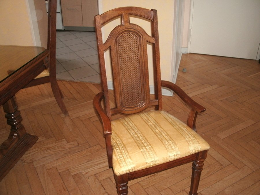 I Have A Dining Room Set 1920 Year From Singer Furniture