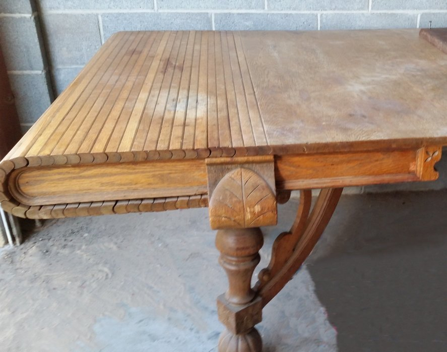 I Have An Antique Roll Top Dining Table At Least I Think