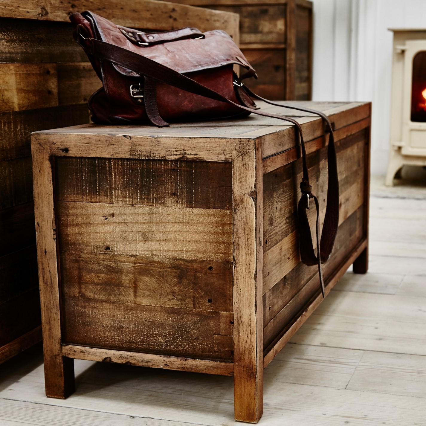 bout de lit coffre en bois recycle brisbane