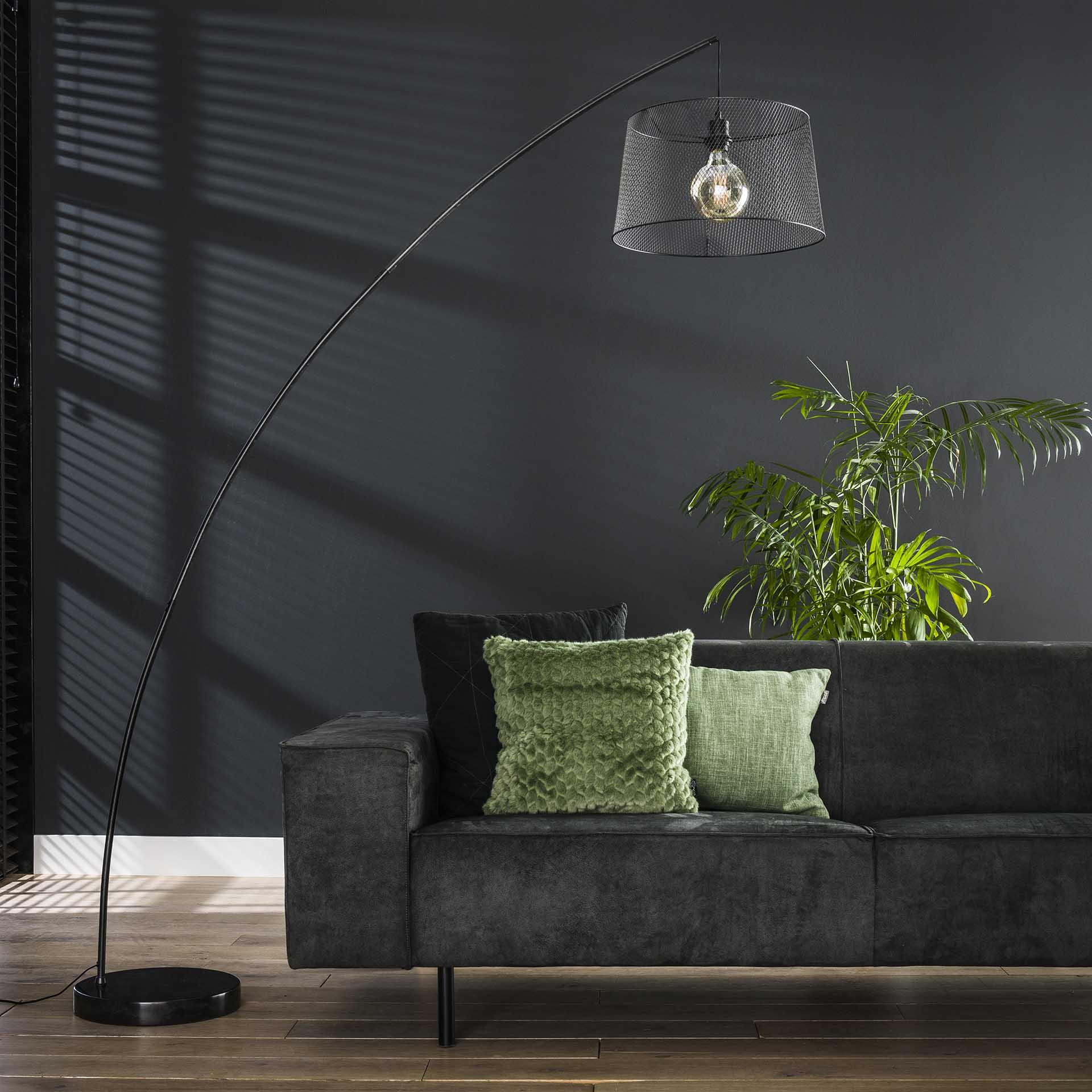 lampadaire arc style industriel 1 lampe ralf lampadaires pier import