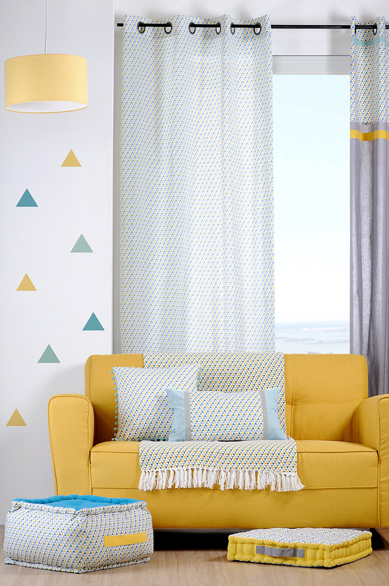 rideau voilage motifs geometriques bleu jaune gris 135x260cm a oeillets 100 coton isocele celadon