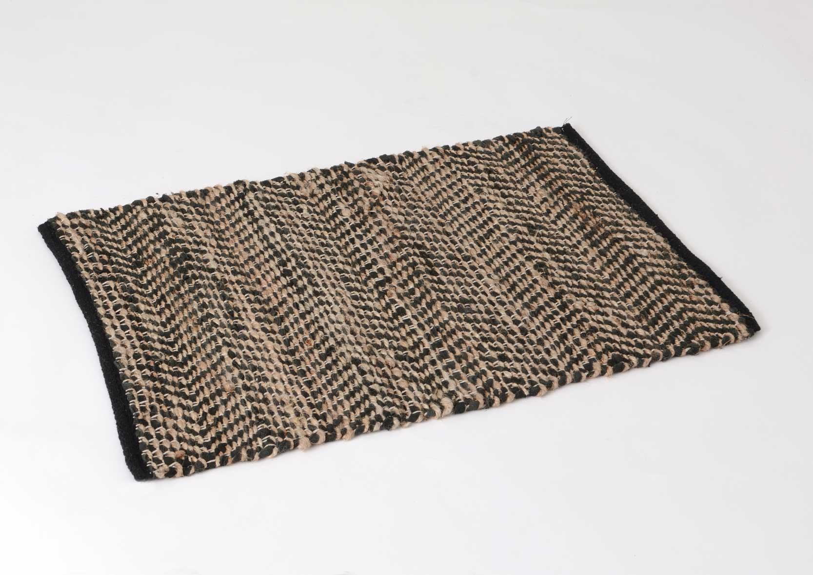 tapis inspiration orientale tisse coton et jute noirs et naturels 120x180cm