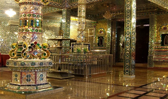 13 Lesser-Known Places of Worship in Southeast Asia | Glass Temple, Malaysia | Lady of Awesome