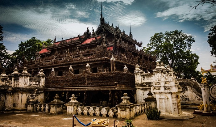 13 Lesser-Known Places of Worship in Southeast Asia | Shwenandaw Monastery, Myanmar | Lady of Awesome