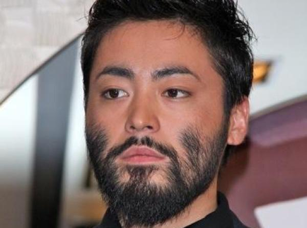 山田髭之 - 髭へのボケ[53412214] - ボケて(bokete)