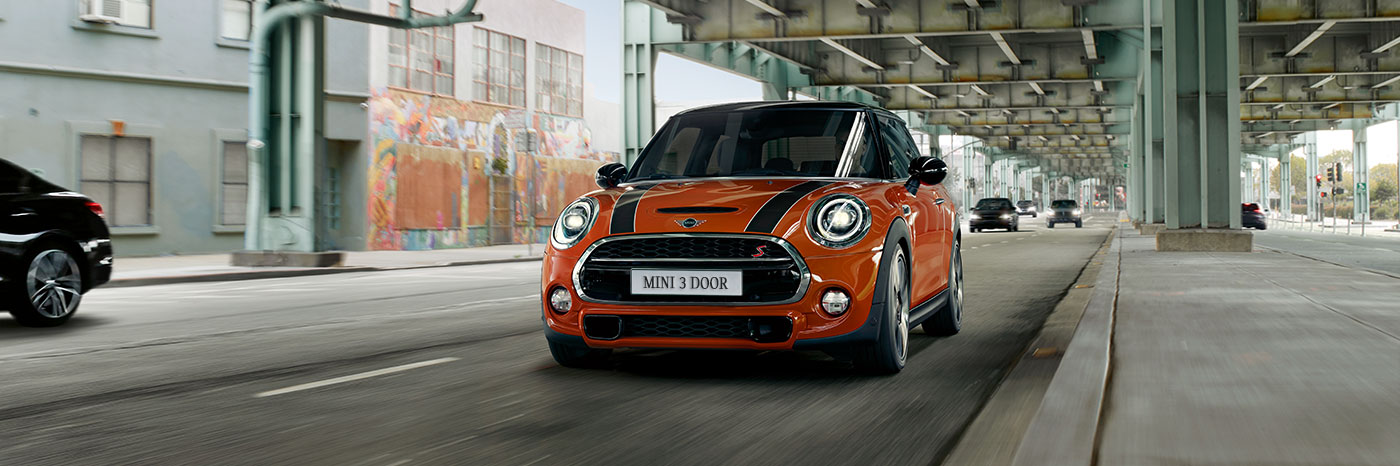 Experience the 2019 MINI Cooper 3 Door