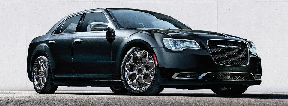 black 2019 chrysler 300 exterior