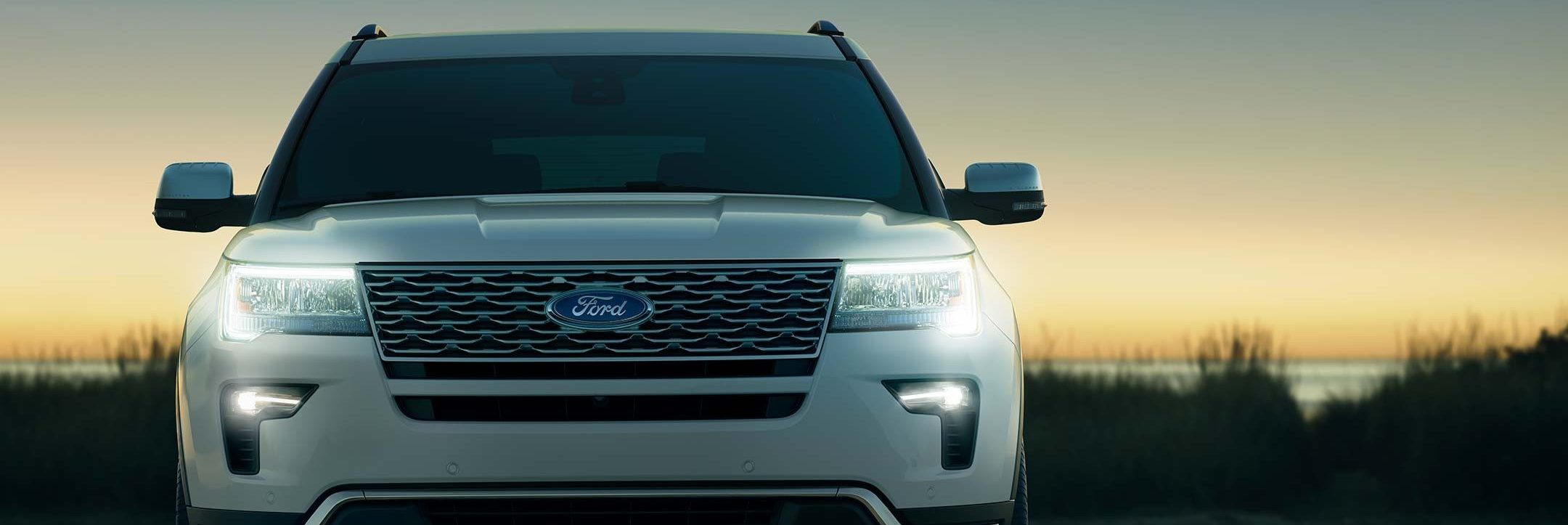 The unique grille with satin-chrome finish is standard on the 2018 Ford Explorer Platinum