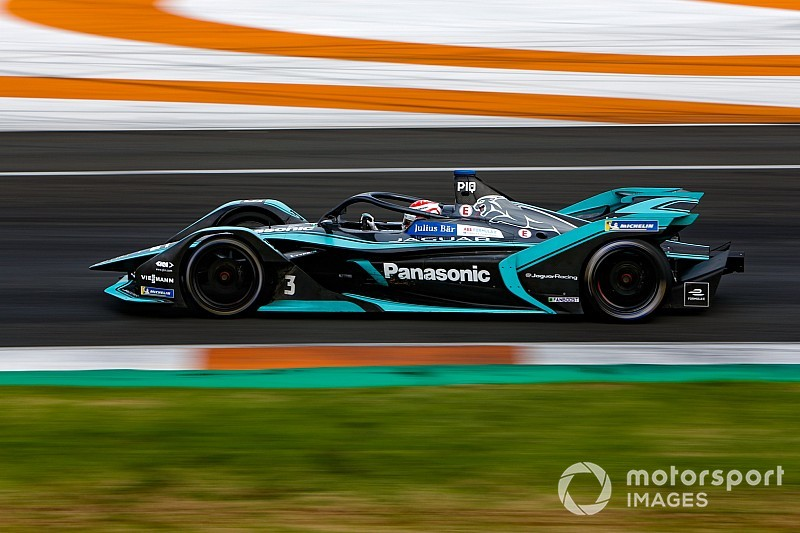 Panasonic Jaguar Racing for rookie Formula E test