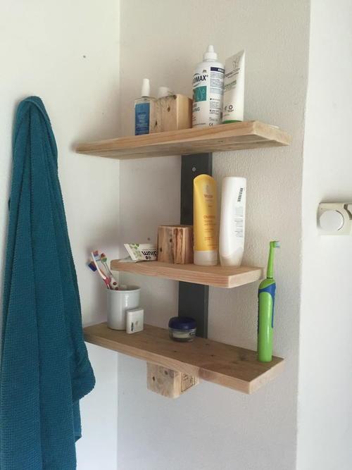 Precious Pallet Wood Diy Bathroom Shelves Diyideacenter Com