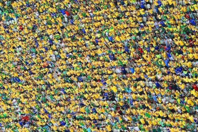 Coupe du Monde 2014 : vue des supporters brésiliens lors du match Brésil - Mexique le 17 juin 2014. © Photo by Francois Xavier Marit - Pool/Getty Images