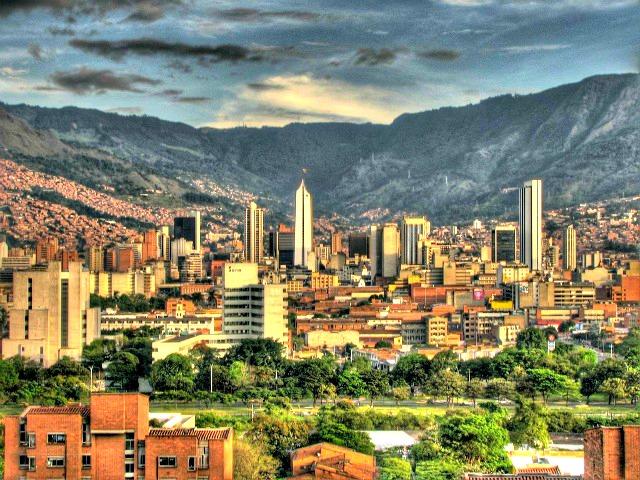 "Vue de Medellin © <a href=""https://www.flickr.com/photos/davidpenal/"" target=""_blank"">David Penha</a>"