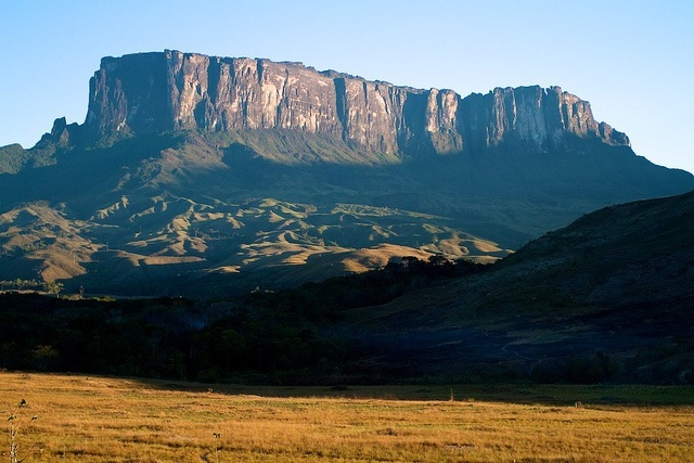 Mont Roraima Crédit photo : Paulo Fassina https://www.flickr.com/photos/pfassina/