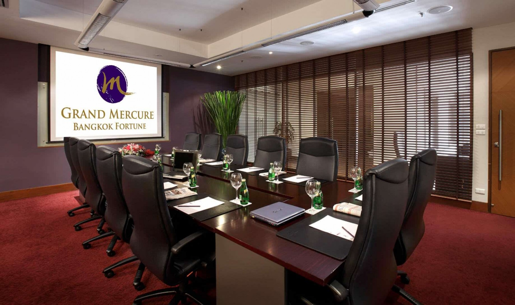 Grand Mercure Bangkok Fortune Conference Room