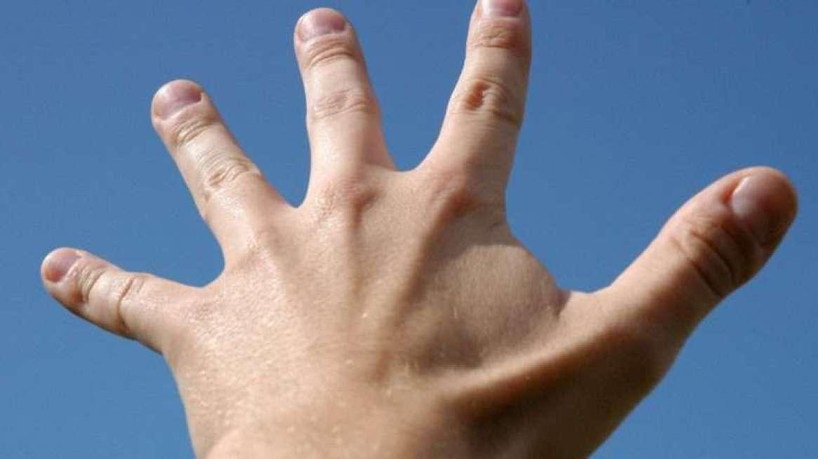 fingers_1161x653