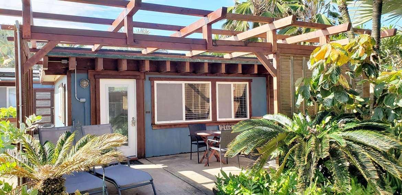 COCO BUNGALOW: private patio