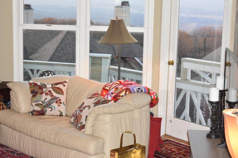 Natural light, views, cozy