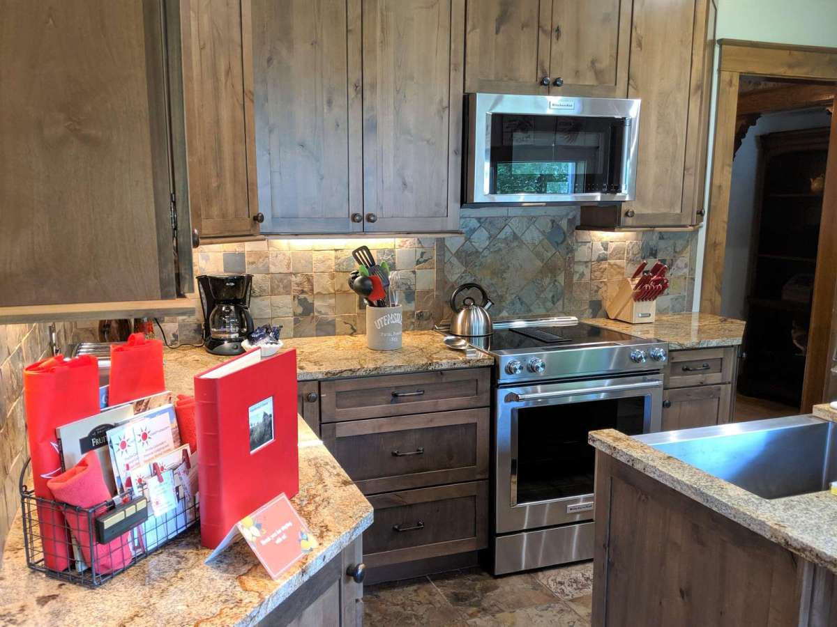 Beautiful granite counter tops comes with all stainless steel appliances