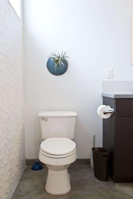Clean, bright and spacious bathroom.