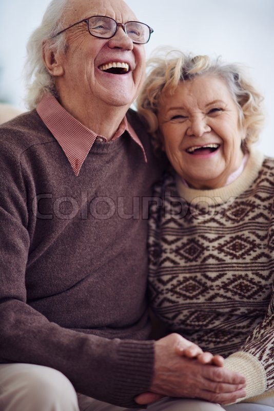 Looking For Mature Dating Online Services Without Pay